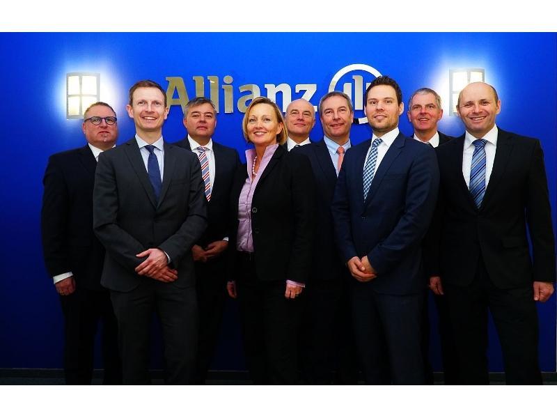 Gruppenbild Geschäftsstelle Ulm