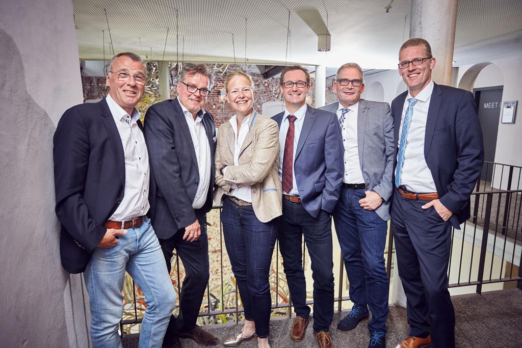 Allianz Geschäftsstelle Münster: Uwe Seveker, Frank Hitz, Christine Maas-Koschig, Mike Westhoff, Bernd Niessing, Markus Stürwald (v.l.n.r.)