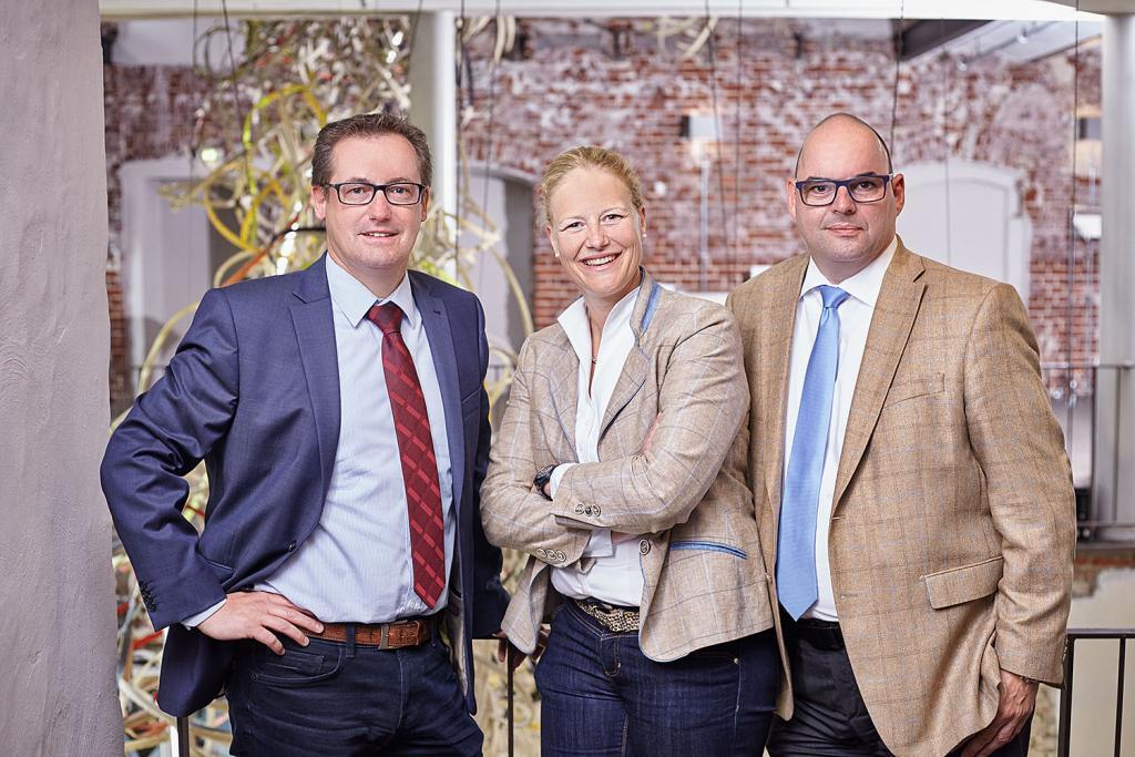 Allianz Geschäftsstelle Münster: Vertriebsbereichsleiter: Mike Westhoff, Leiterin Verkaufsqualifizierung: Christine Maas-Koschig, EDV-Beauftragter: Markus Overbeck (v.l.n.r.)
