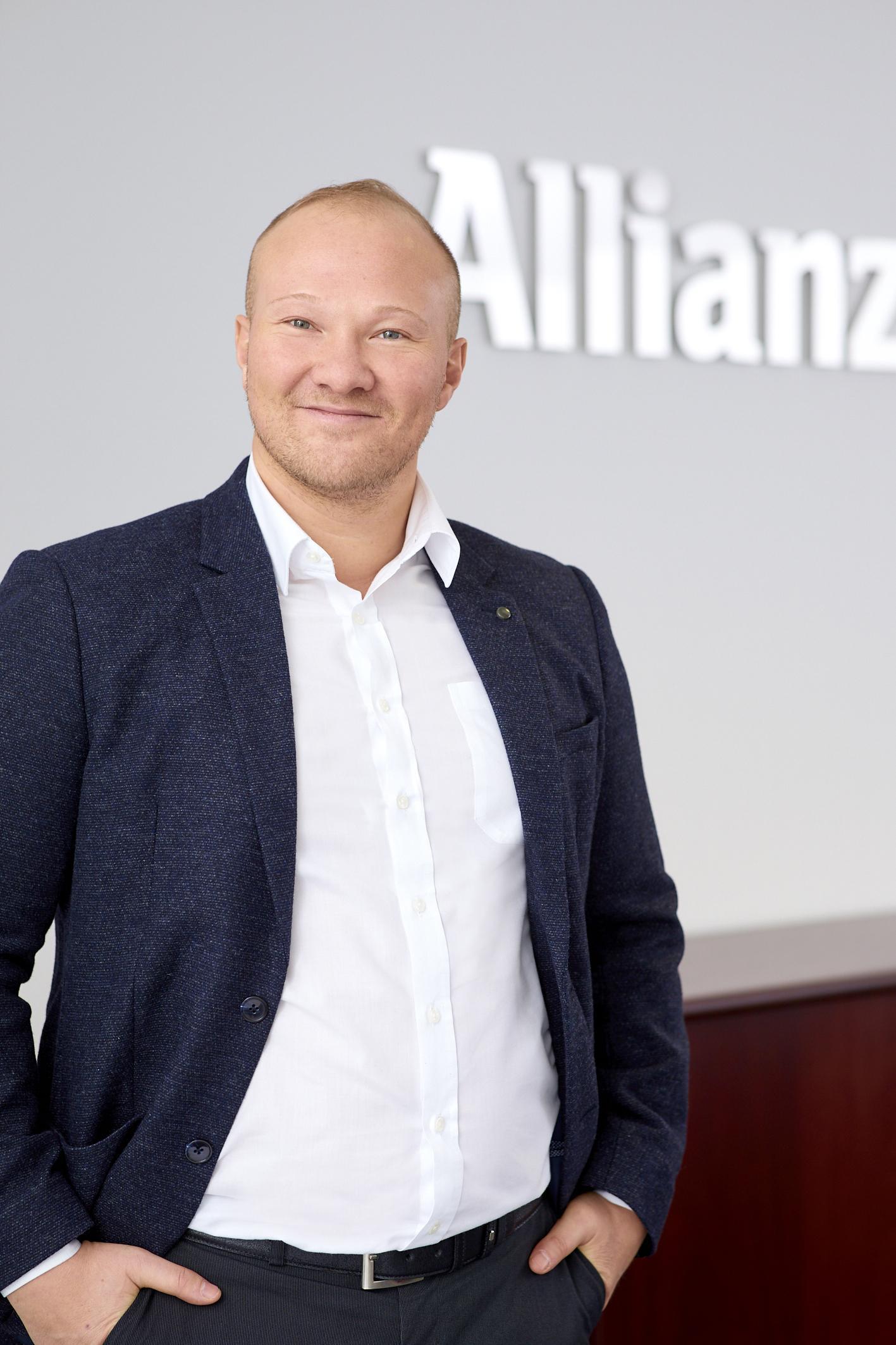 Isim Schakirow Allianz Versicherungen Karriere Göttingen