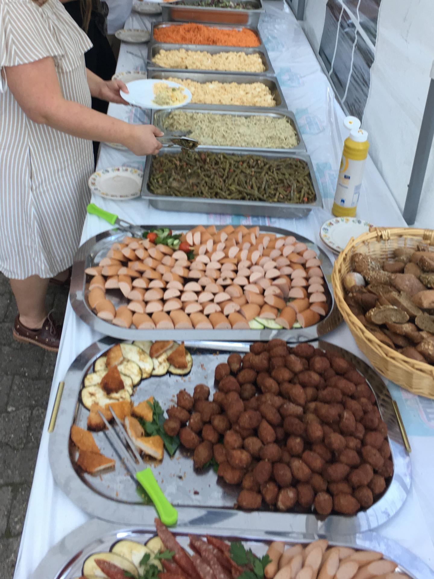 Buffet beim Allianz Familienfest der Geschäftsstelle Saarbrücken