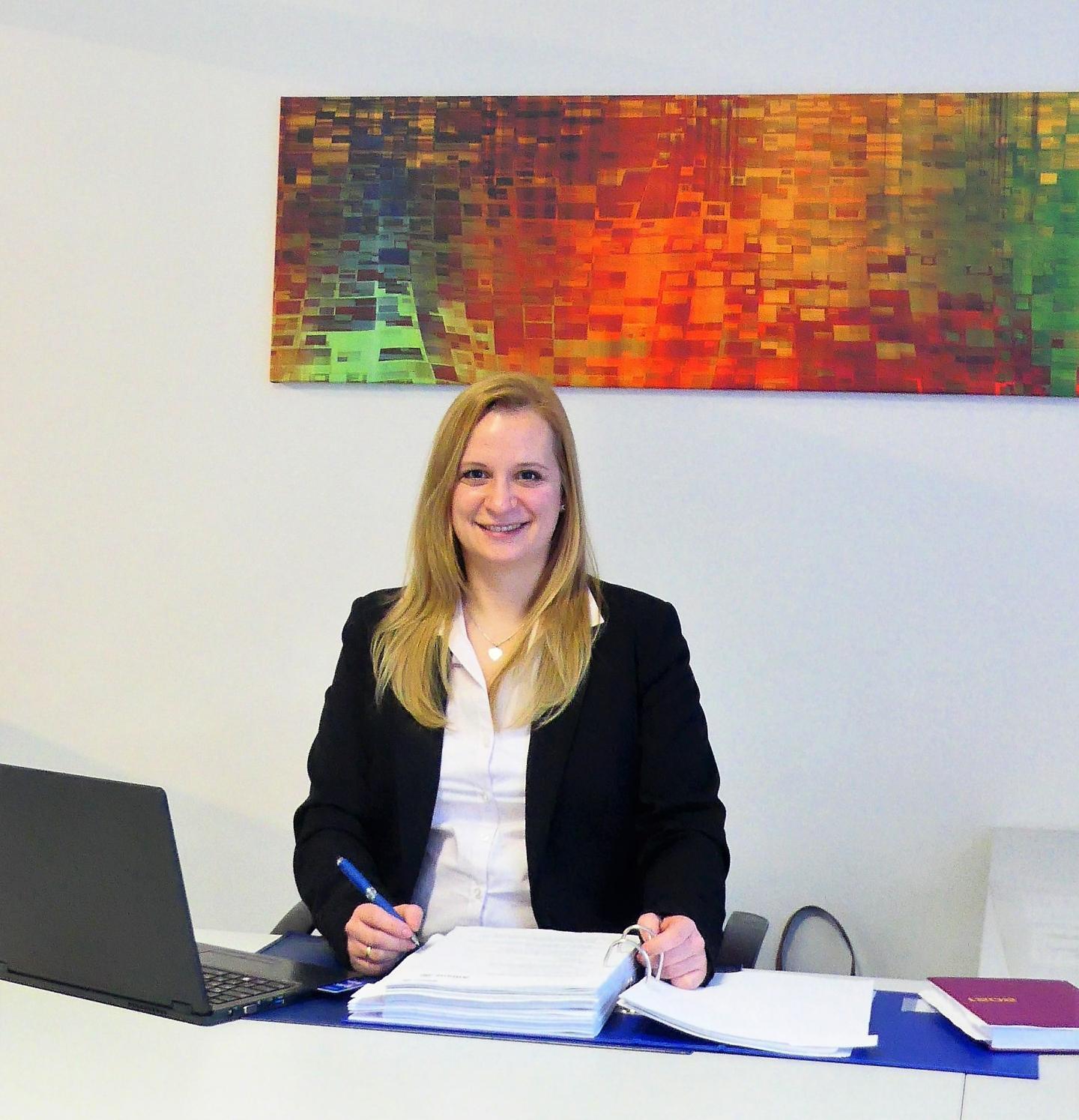 Kundenbetreuerin Christina Baumann